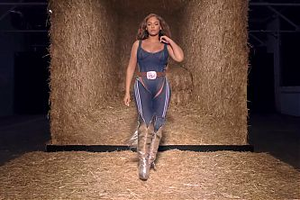 Beyonce – Ivy Park Rodeo Part II