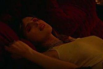 Paradise City 2021 S01 E08 (Bella Thorne and WWE Eva Marie)