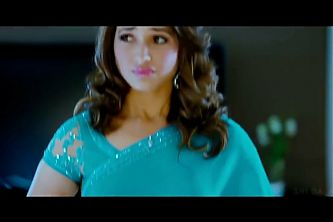Thamanna – Hot and sexy Hip expression